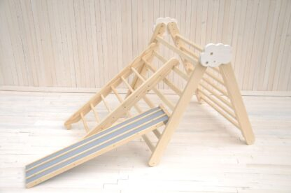 Pikler triangle Barin Toys Cloud wooden climbing frame with Toy Cars Racing Track for your toddler activity and play opportunity.