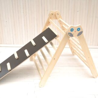 Climbing frame Owl in the Forest Barin Toys Pikler triangle essential montessori baby independent free play toy.